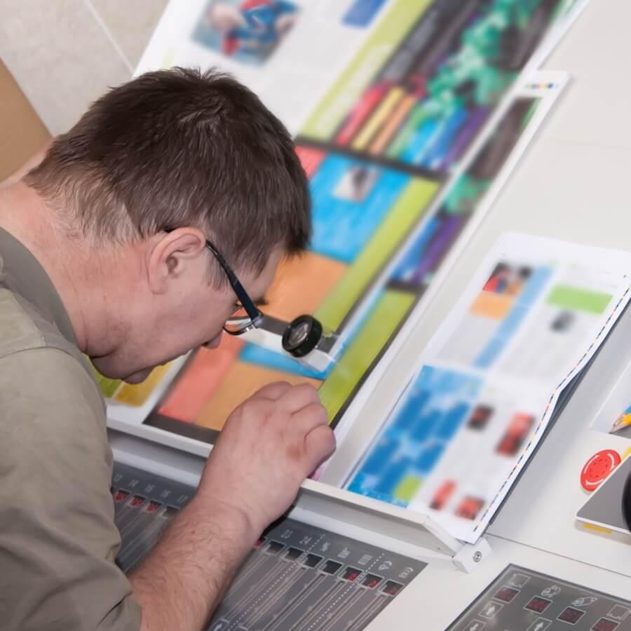 Spectrum Packaging Man Press Proofing Printed Samples Thumbnail
